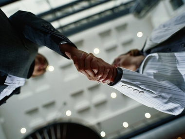 Bookkeepers handshake